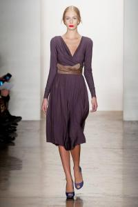 Costello Tagliapietra RTW Fall 2013 - obi sash in reflective fabric?