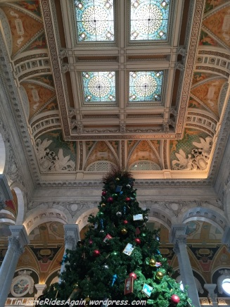 The day we were at the Library of Congress, they were taking the Christmas tree down - but I got one last photo of it!