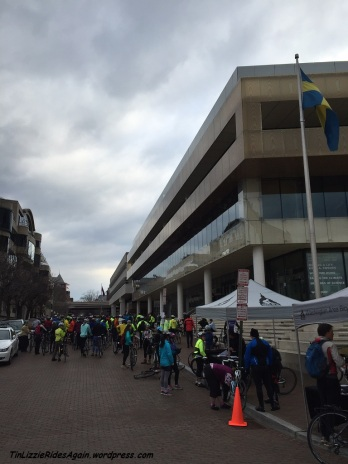 Registration in front of The House of Sweden, on the Riverwalk in Georgetown