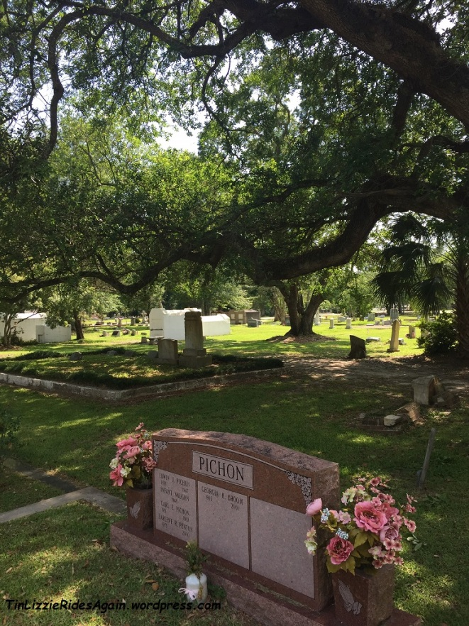 We had been told we could find crypts dating back to the 1700s at the Slidell Cemetery, but couldn't find them, and it was too hot to linger too long. But it's a nice quiet local cemetery.