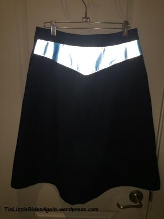 edna-skirt-back-reflecting