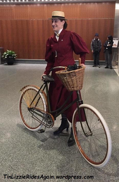 victorian-lady-cyclist