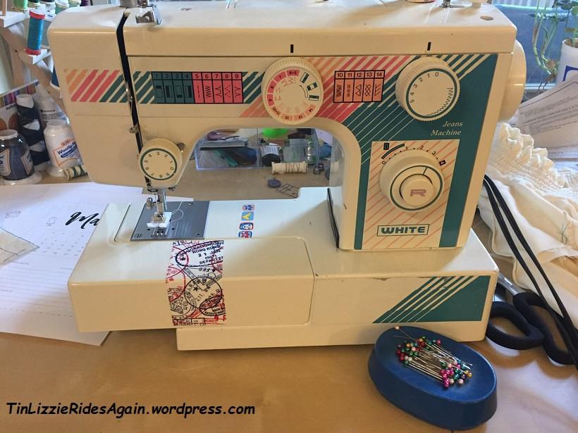 White Jeans Machine Tinlizzieridesagain Delectable Jeans Machine White Sewing Machine