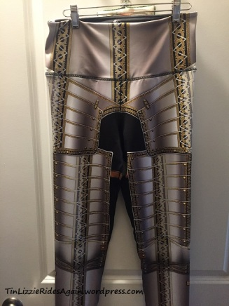 Lorica Leggings front