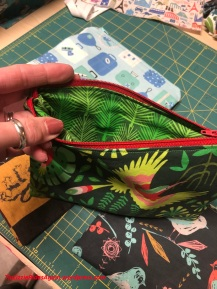 zip pouch_jungle birds